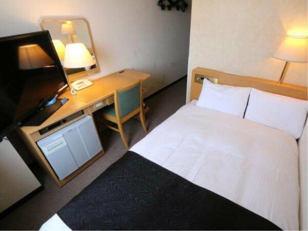 【セミダブルルーム】広さ12平米/ベッド幅120cm