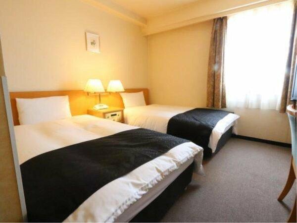 【ツインルーム】広さ16平米/ベッド幅110cm×2台
