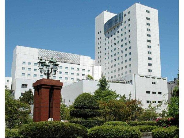 2009年4月より【ホテルフジタ福井】に名称を改めました!
