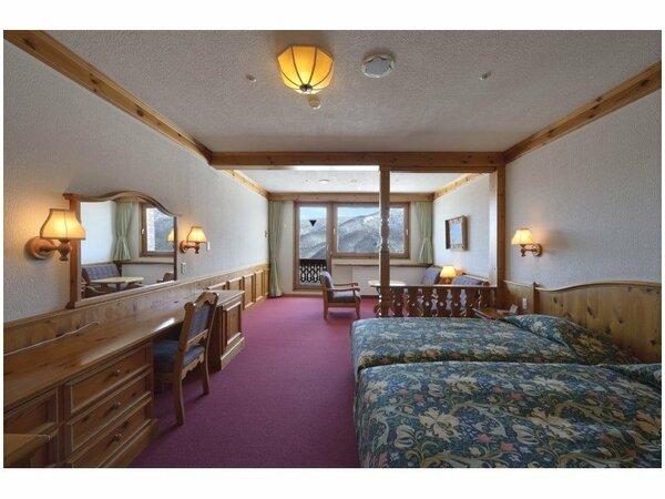 スタンダードツイン(42平米)当ホテルの標準サイズのお部屋です。全室バルコニー付