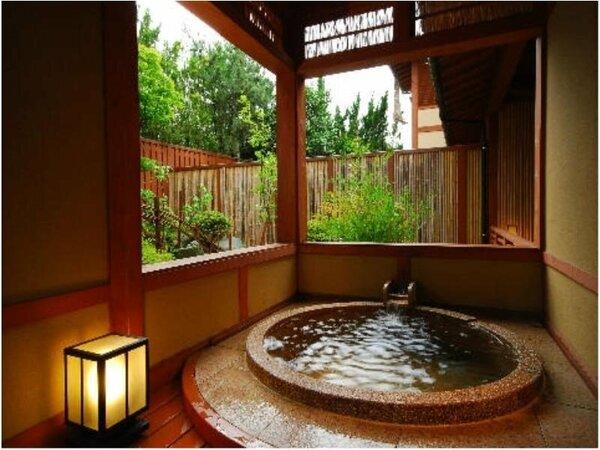 露天風呂付き客室「万楽」 有明・露天風呂