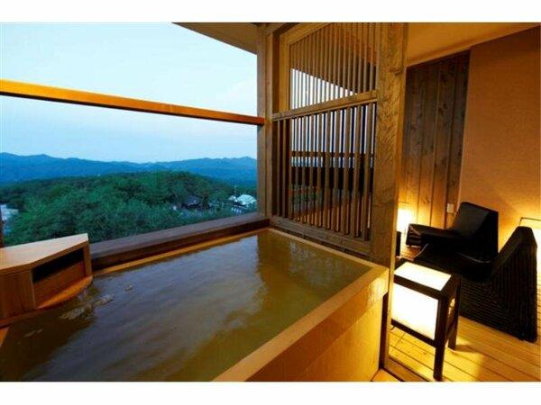 客室の露天風呂でのんびりと草津温泉をお楽しみ下さい。