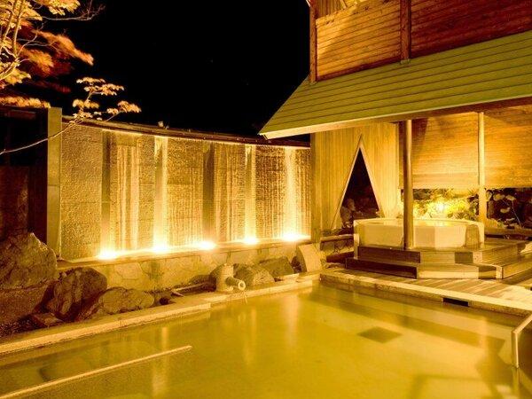 【夜の露天風呂】温泉大浴場・露天風呂は夜もお愉しみいただけます。