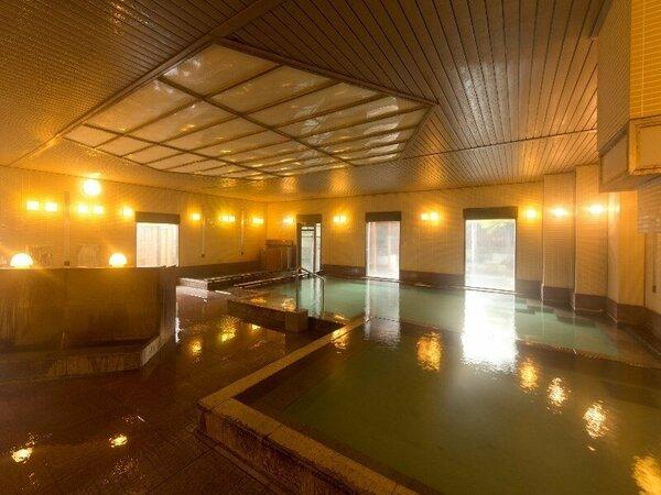 【温泉大浴場・だんらん乃湯】湯畑の源泉を引いております。画像は女性浴場です。