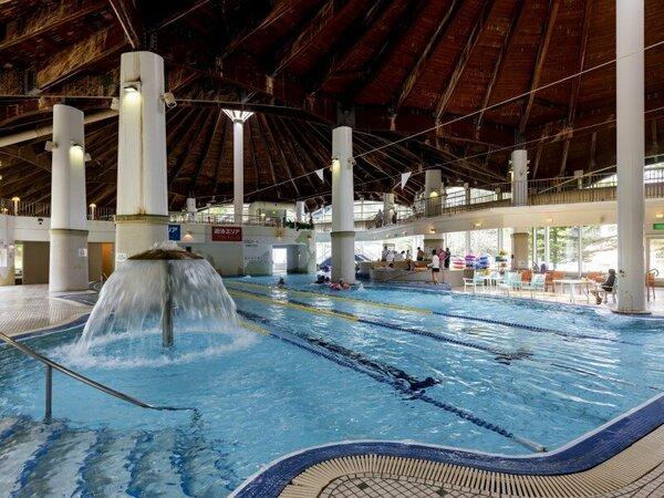 【雨の心配なし♪】ホテル併設の室内温水プール&温泉館「テルメテルメ」で遊ぼう!