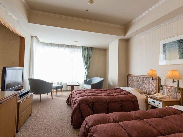 ウイング館和洋室タイプ一例・洋室部分(2403号室・46平米)