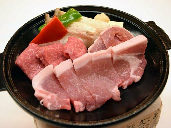 謝恩プラン 錦牛・八幡平ポーク・地鶏の三種陶板焼き