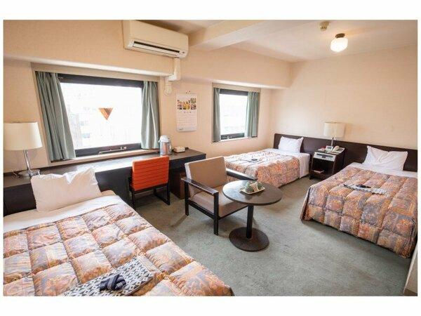 2~4名でご宿泊いただける広々としたお部屋です。