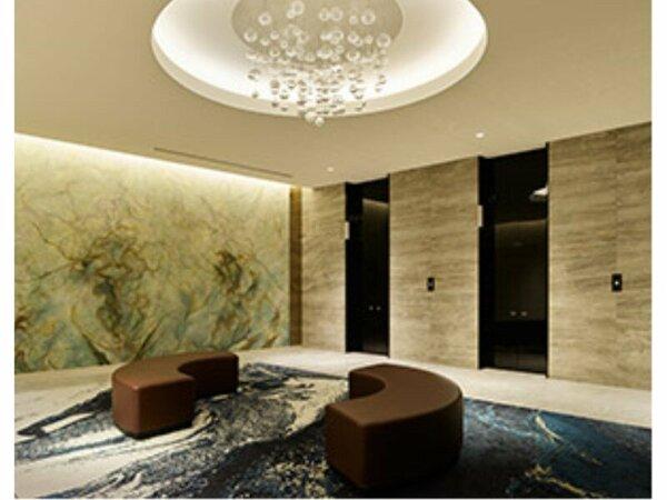 地下1階エレベーターホール