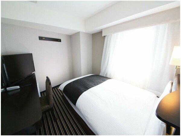 シングルルーム(広さ11平米/ベッド幅122cm)