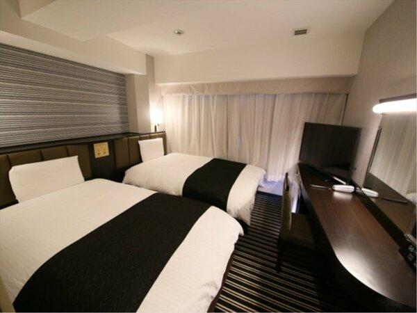 ツインルーム (広さ13平米/ベッド幅110cm×2台)