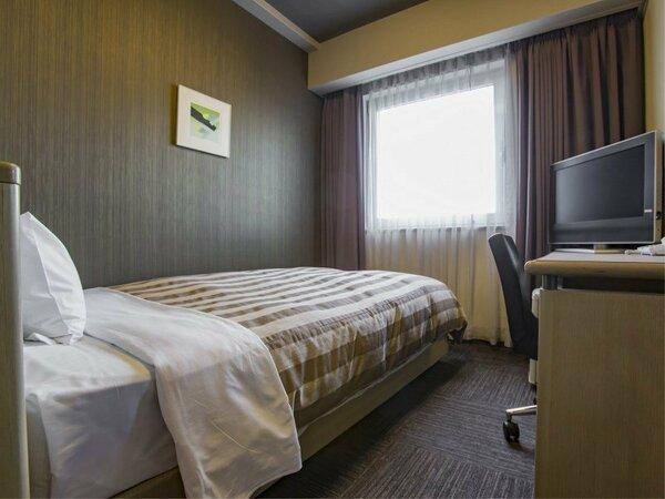 シングルルーム 13平米 ベッド幅120cm