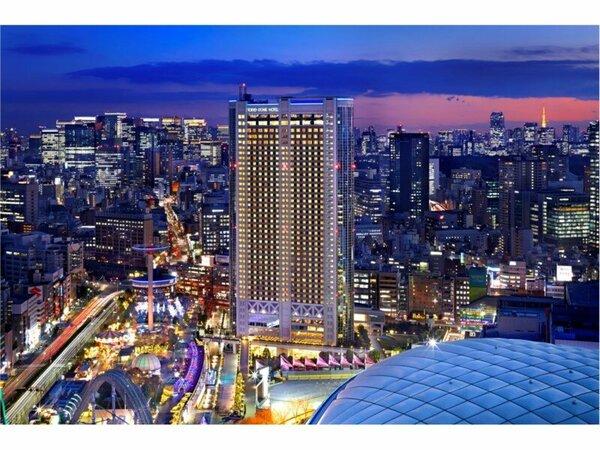東京ドームホテル 外観(夜)