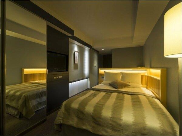 セミダブルルーム室内一例