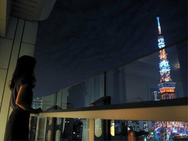 バルコニーから眺める東京タワービュー