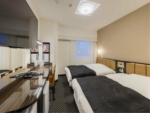 ツインルーム 約14平米 ベッドサイズ=幅122センチ×長さ195センチ