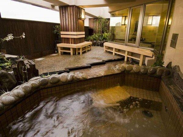 【露天風呂/大浴場】大浴場は「男女入替制」です。手足を伸ばして、ゆっくりと疲れを癒して下さい♪