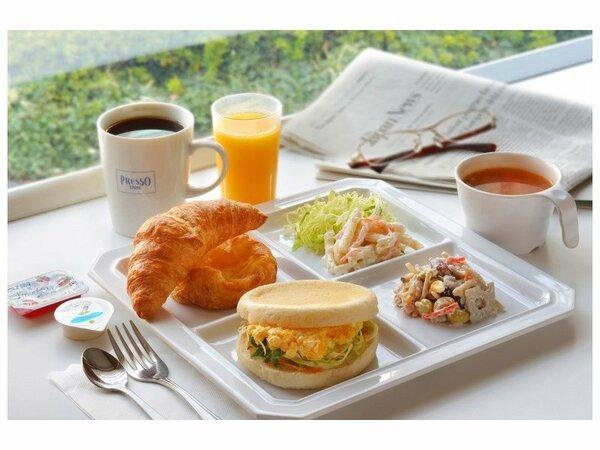 セルフサンドイッチの朝食