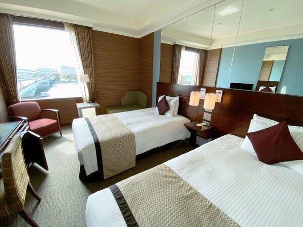 【スタンダードツイン】22平米ベッド幅120cm×2台 上品な雰囲気でまとめられたお部屋。