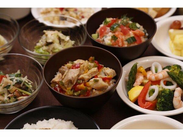 ◆和洋バイキング朝食 営業時間6:30―9:30(最終入店9:00)