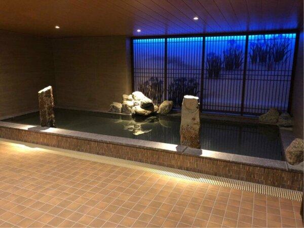 ◆女性内湯 営業時間15:00―翌朝10:00