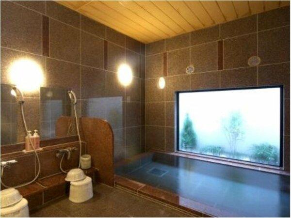 男女別ラジウム人工温泉大浴場 「旅人の湯」 入浴時間15:00から2:00、5:00から10:00