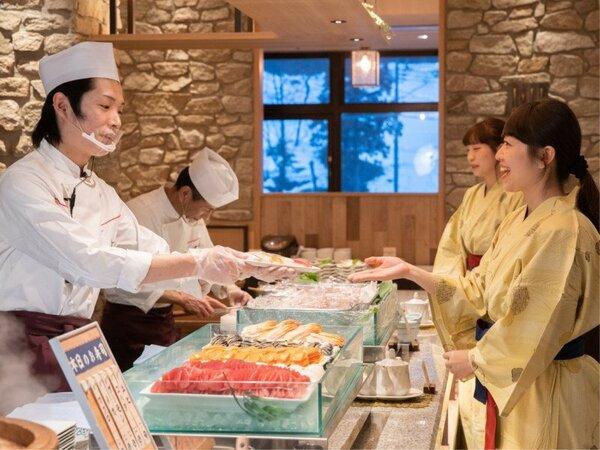 お寿司はお好みのネタを握ります♪ご夕食ブッフェ(バイキング)