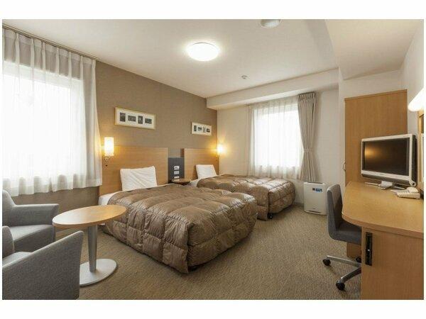 【ツインスタンダード】広さ24平米/ベッド幅123cm×2台