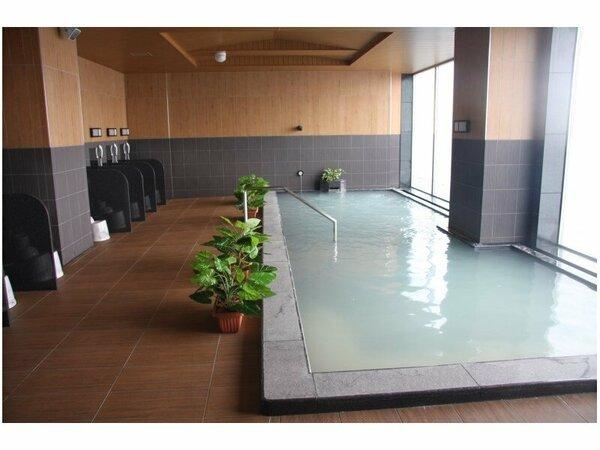 ホテル17階:天人峡天然温泉・サウナ「旅人の湯」(加水・加温・循環ろ過式) 旭川の夜景を眺めながら・・