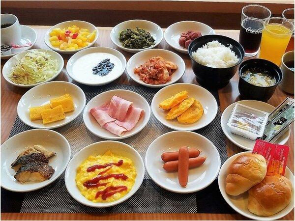 【朝食】簡単なメニューで行っております。宿泊のお客様無料!!