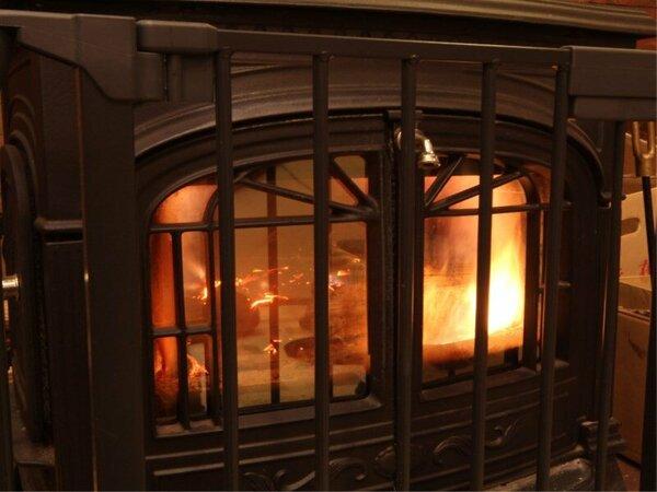 暖かな暖炉で冷えた体をゆっくりとお癒し下さい。
