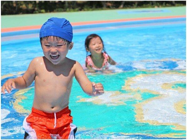 夏にはプールで水遊び♪ご家族でお子様と!お友達とみんなで!(※夏休み期間のみOPENいたします)