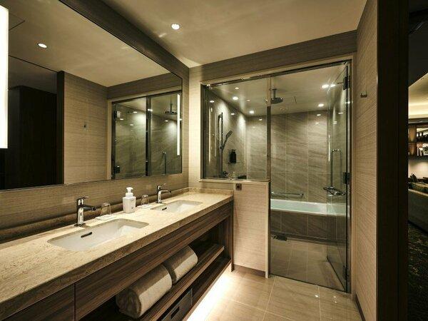 エグゼクティブ スイート バスルーム