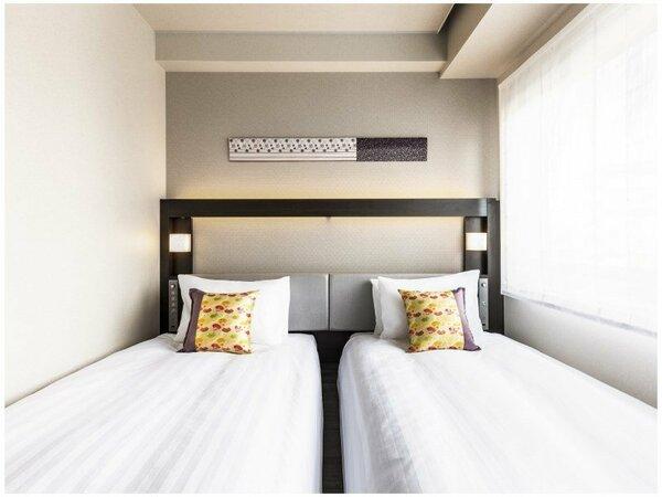 ツイン ●広さ:15平米 ●ベッド:幅98cm × 長さ200cm 2台