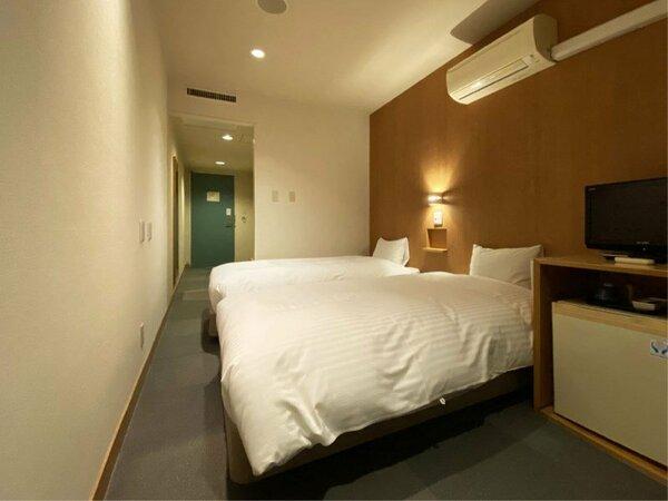 【本館エコノミーツイン/バストイレ付】本館ツインより少し小さな22平米のツインルーム