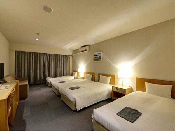 *【本館4ベッド一例】エキストラベッドを入れれば、最大5名様まで一緒に滞在可能です。