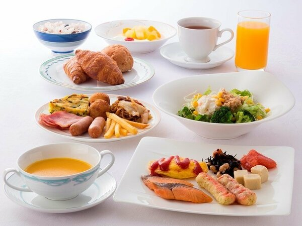 朝からモリモリ食べて、元気に出発!