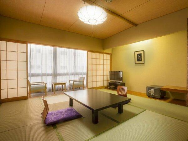 【萬来閣・寿楽園】ゆったり街側の本館客室
