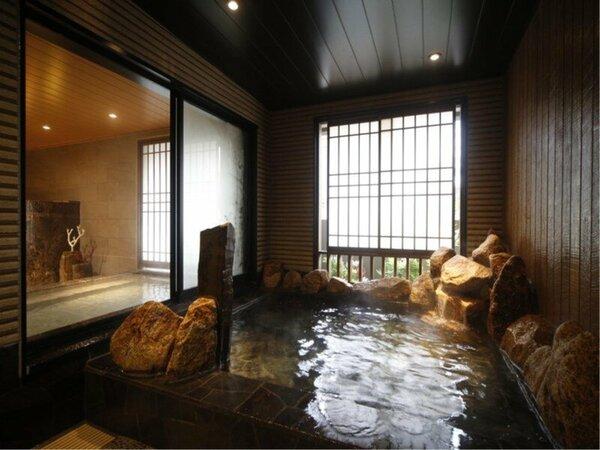 男湯 岩風呂