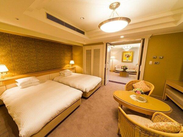 エグゼクティブスイート:69.2平米 200cm×140cmのベッド2台ゆっくりおやすみください
