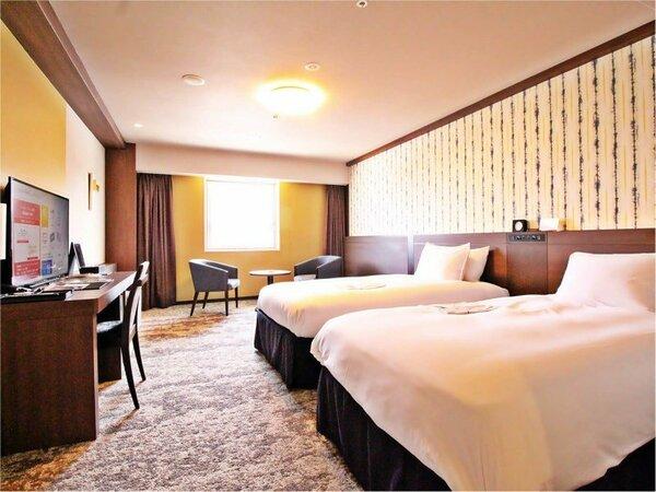 ハリウッドツインルーム:30.8平米 110cm幅のベッドを2台ご用意しております