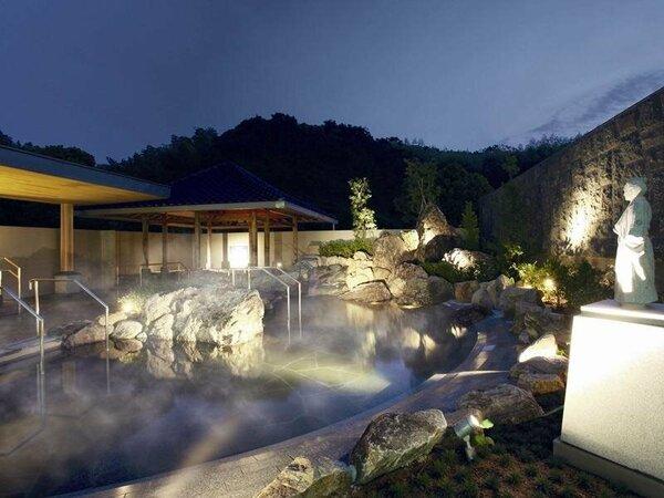 7月にリニューアル。よさこい温泉露天風呂『桂浜』