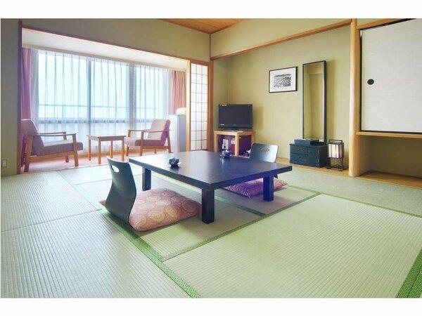 【和室イメージ】和室は全室10畳と次の間2畳でゆったり広々。お布団は係が敷きに伺います。