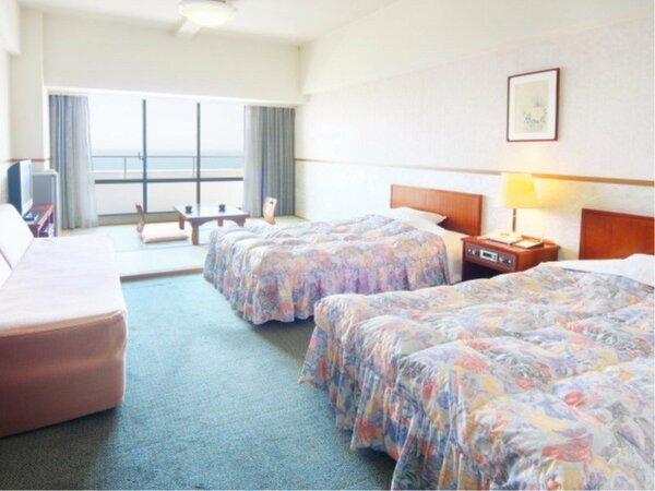 【ファミリールームイメージ】36平米と広々♪ベッドに畳の間があるのでごゆっくりごお寛ぎいただけます