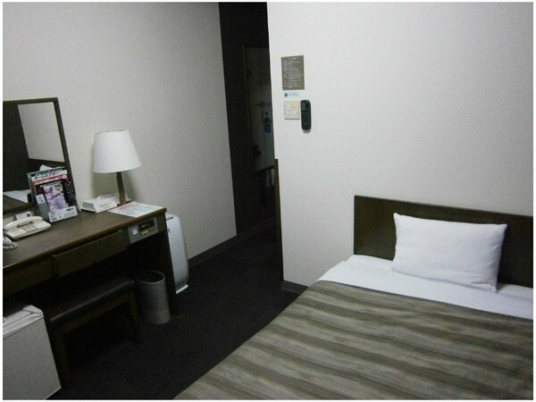 【シングルルーム】ベッドサイズ120×196(cm)