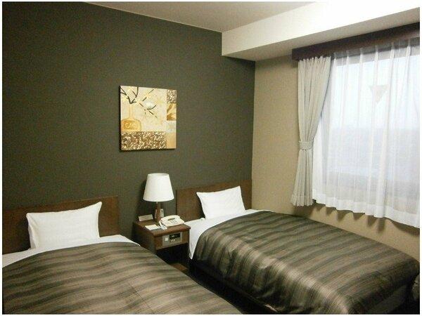 【ツインルーム】ベッドサイズ110×196(cm)全室無料インターネット回線完備