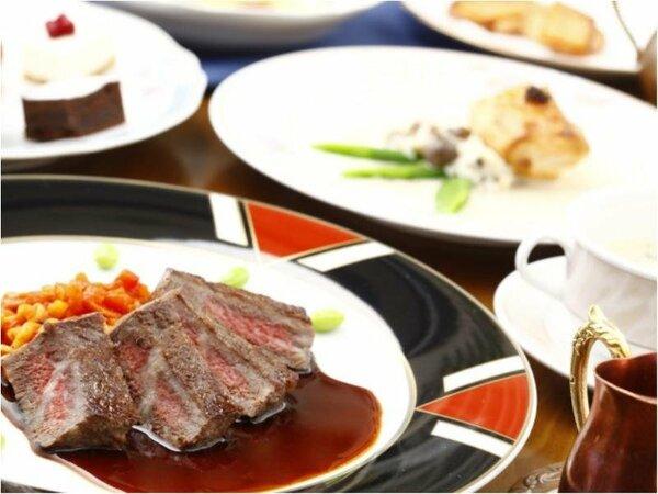 味彩牛のステーキをメインにしたコース料理柔らかジューシーでヘルシー♪