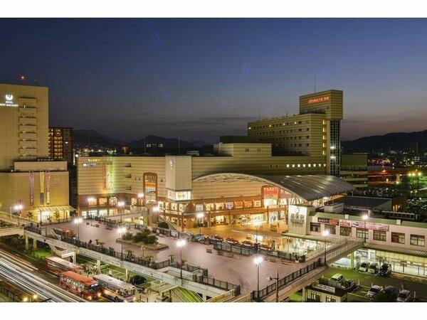【外観】JR長崎駅改札口徒歩30秒。