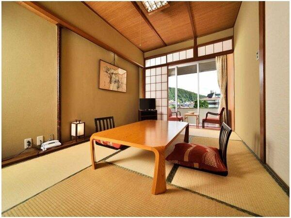 【和室8畳】開放的な眺めです。Wi-Fi無料接続・空冷蔵庫(バス・洗浄機能付きトイレ)