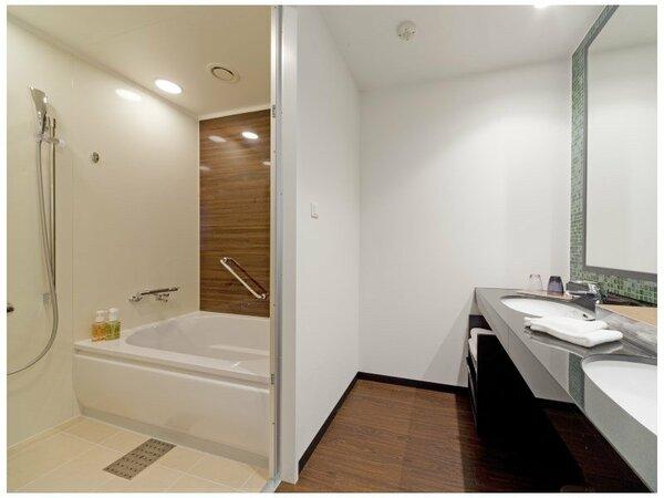 バスルームは、全室洗い場付でゆったりくつろげます